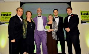 021116 Winner of the Supreme Champion 2016 Ryedale Vineyards at the deliciouslyorkshire and Yorkshire Post Taste Awards at the Pavilions in Harrogate, with l to r.. NIgel Barden BBC Radio 2, Sue Nelson Yorkshire Food Finder, Sturat Taylor Asda and James Mitchinson Editor of the Yorkshire Post.